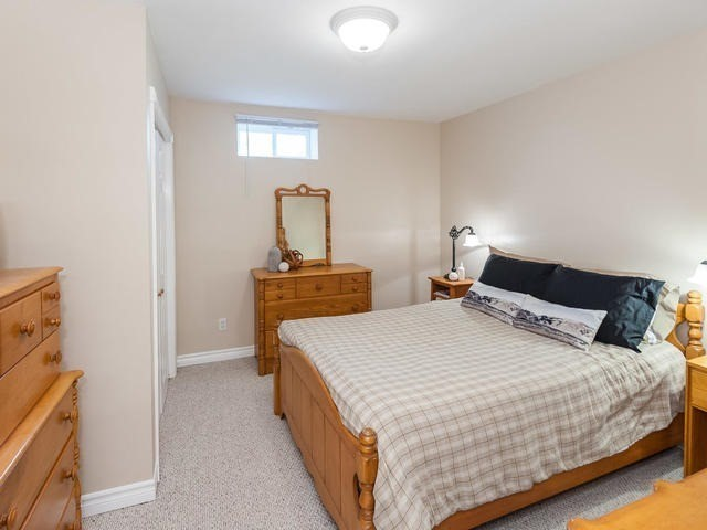 Detached at 6060 Hillsdale Dr, Whitchurch-Stouffville, Ontario. Image 8