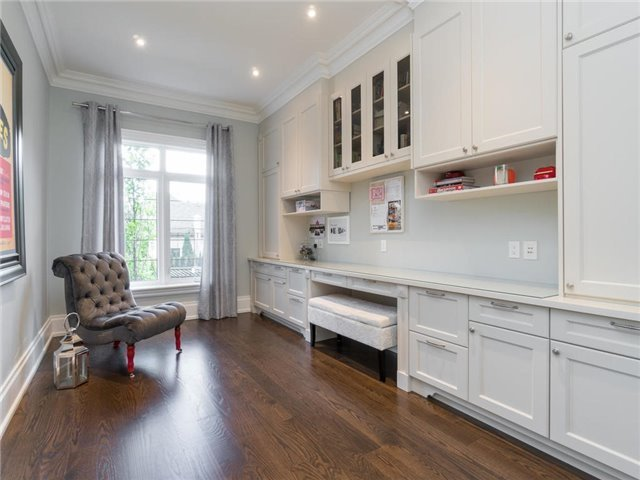 Detached at 59 Cardish St, Vaughan, Ontario. Image 3