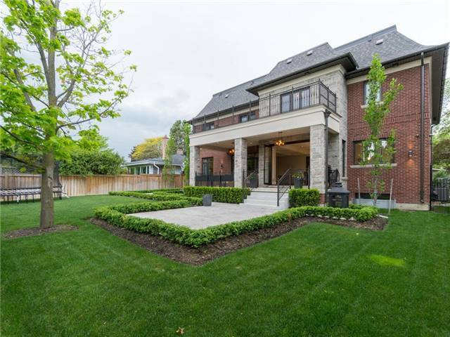 Detached at 59 Cardish St, Vaughan, Ontario. Image 9
