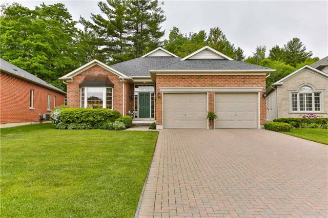 Detached at 66 Braid Bend, Whitchurch-Stouffville, Ontario. Image 1