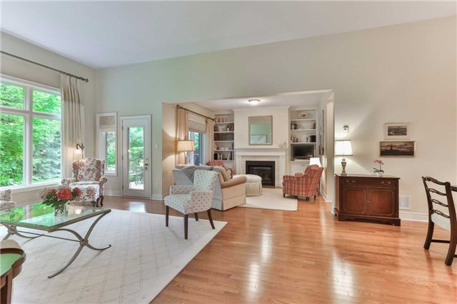 Detached at 66 Braid Bend, Whitchurch-Stouffville, Ontario. Image 17