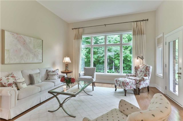 Detached at 66 Braid Bend, Whitchurch-Stouffville, Ontario. Image 18