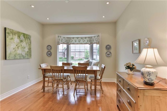 Detached at 66 Braid Bend, Whitchurch-Stouffville, Ontario. Image 2