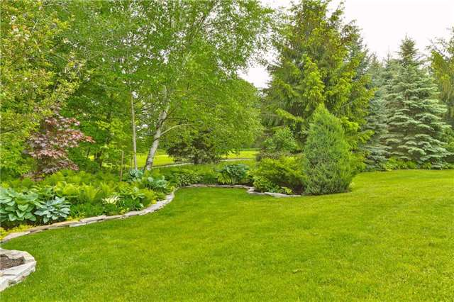 Detached at 66 Braid Bend, Whitchurch-Stouffville, Ontario. Image 13