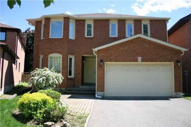 Detached at 11 Parsons Crt, Vaughan, Ontario. Image 1