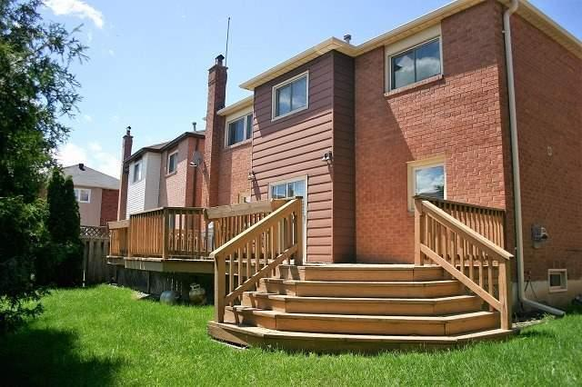 Detached at 11 Parsons Crt, Vaughan, Ontario. Image 6