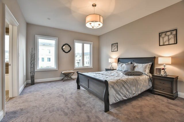 Townhouse at 8 Point Pelee Lane, Richmond Hill, Ontario. Image 2