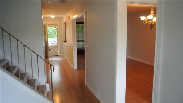 Link at 20 Raleigh Cres, Markham, Ontario. Image 10
