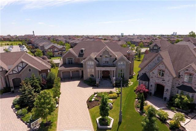Detached at 51 Dolomite Crt, Vaughan, Ontario. Image 14