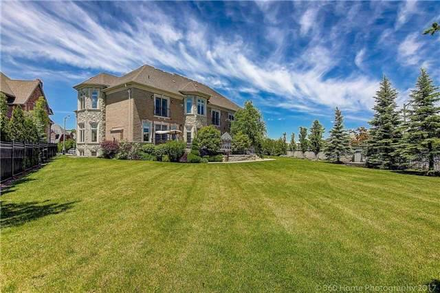 Detached at 51 Dolomite Crt, Vaughan, Ontario. Image 15