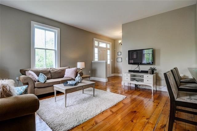 Detached at 43 Castleview Cres, Markham, Ontario. Image 15