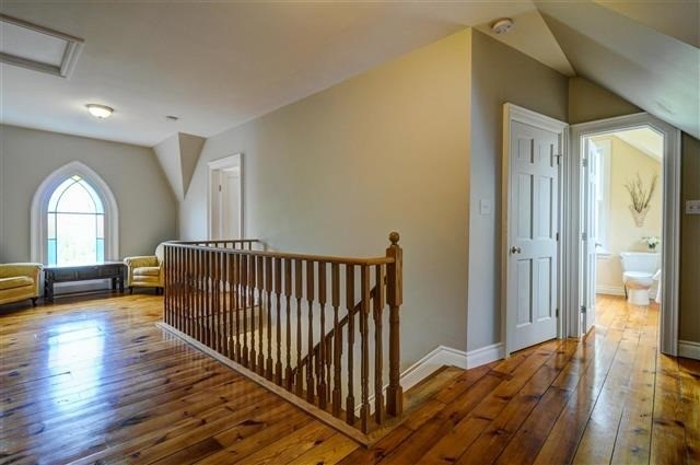 Detached at 43 Castleview Cres, Markham, Ontario. Image 3