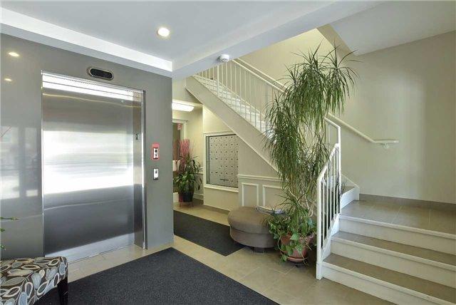 Condo Apartment at 2 Briar Hill Hts, Unit 309, New Tecumseth, Ontario. Image 14