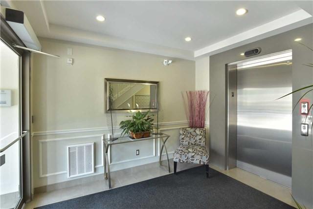 Condo Apartment at 2 Briar Hill Hts, Unit 309, New Tecumseth, Ontario. Image 13