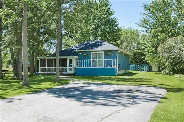 Detached at 254 Bayshore Rd, Innisfil, Ontario. Image 1
