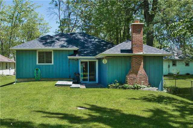 Detached at 254 Bayshore Rd, Innisfil, Ontario. Image 4