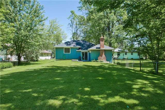Detached at 254 Bayshore Rd, Innisfil, Ontario. Image 6