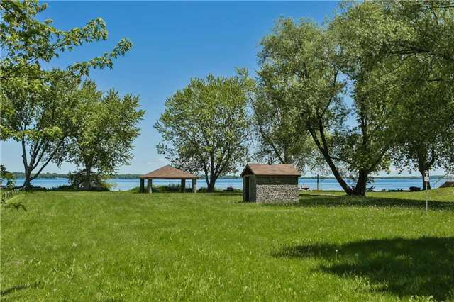 Detached at 254 Bayshore Rd, Innisfil, Ontario. Image 9