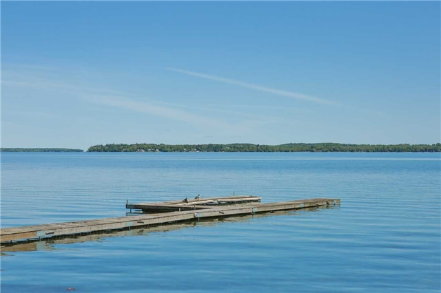 Detached at 254 Bayshore Rd, Innisfil, Ontario. Image 11