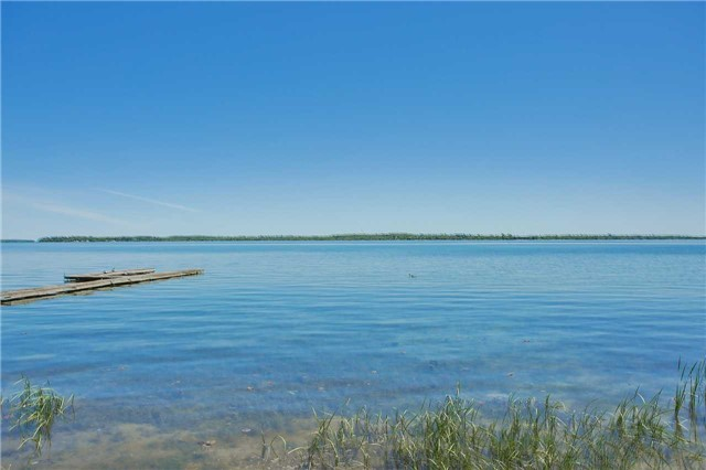 Detached at 254 Bayshore Rd, Innisfil, Ontario. Image 13