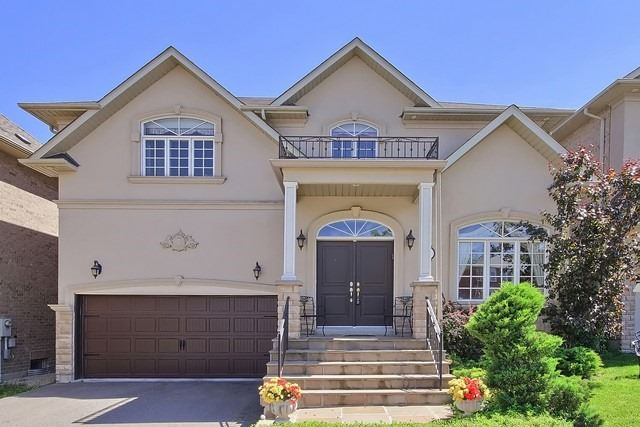 Detached at 11 Edmund Seager Dr, Vaughan, Ontario. Image 1