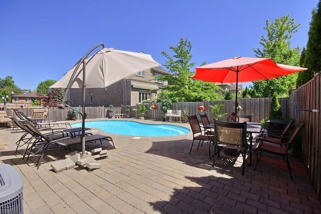 Detached at 11 Edmund Seager Dr, Vaughan, Ontario. Image 13
