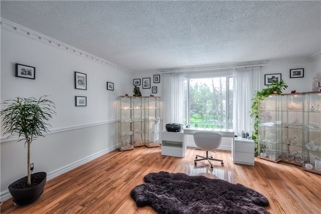 Detached at 11 Marcus Crt, Vaughan, Ontario. Image 16