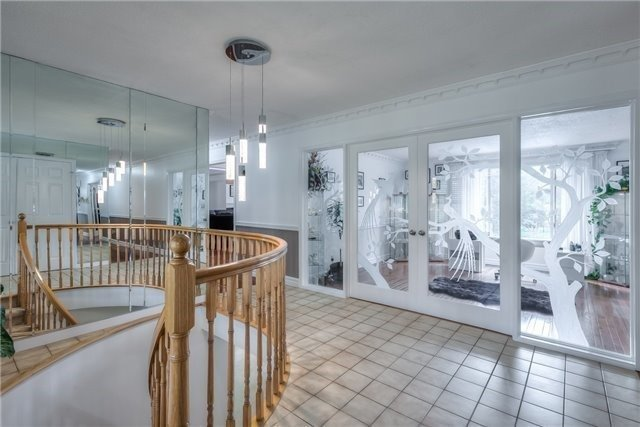 Detached at 11 Marcus Crt, Vaughan, Ontario. Image 17