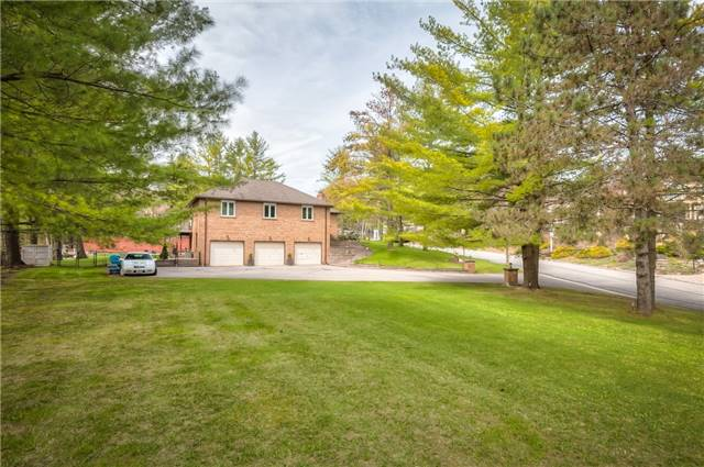 Detached at 11 Marcus Crt, Vaughan, Ontario. Image 13