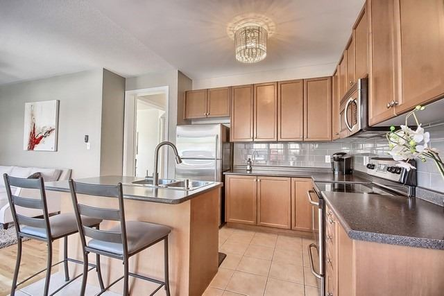 Detached at 15 Mantle Ave, Whitchurch-Stouffville, Ontario. Image 16