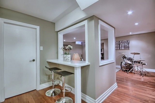 Detached at 15 Mantle Ave, Whitchurch-Stouffville, Ontario. Image 8