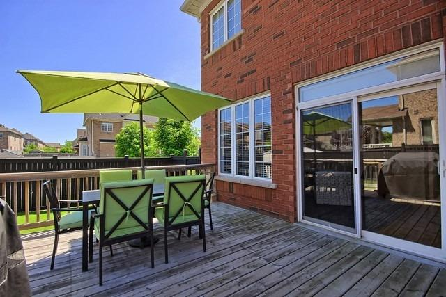 Detached at 15 Mantle Ave, Whitchurch-Stouffville, Ontario. Image 11