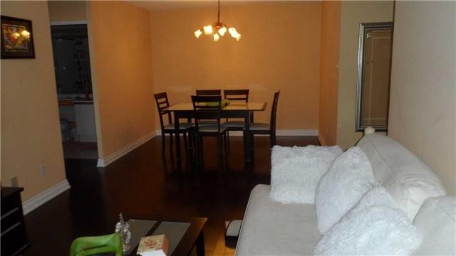 Condo Apartment at 120 Promenade Circ, Unit 1002, Vaughan, Ontario. Image 3