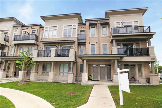 Condo Townhouse at 105 Kayla Cres, Unit #3, Vaughan, Ontario. Image 1