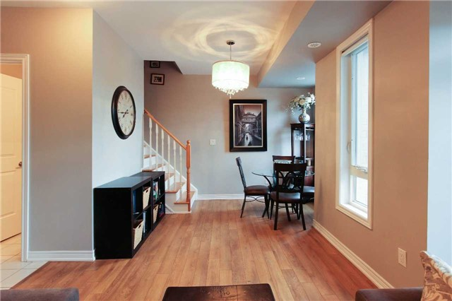 Condo Townhouse at 105 Kayla Cres, Unit #3, Vaughan, Ontario. Image 15