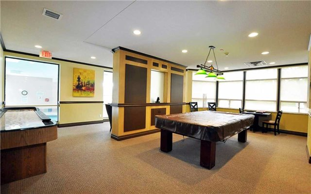 Condo Apartment at 2 Raymerville Dr, Unit 307, Markham, Ontario. Image 9
