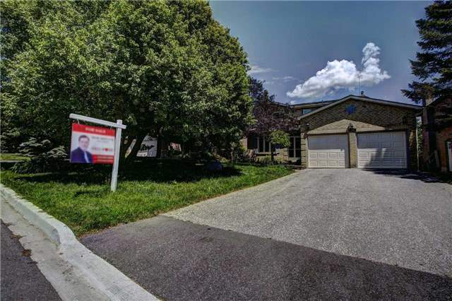 Detached at 326 Erin Tr, Newmarket, Ontario. Image 12