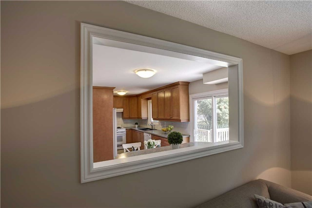 Detached at 326 Erin Tr, Newmarket, Ontario. Image 15