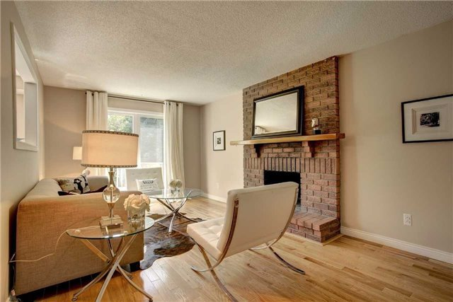 Detached at 326 Erin Tr, Newmarket, Ontario. Image 16