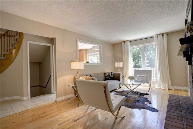 Detached at 326 Erin Tr, Newmarket, Ontario. Image 17