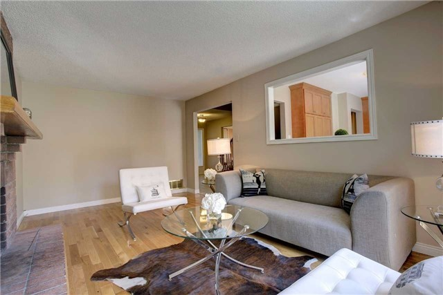Detached at 326 Erin Tr, Newmarket, Ontario. Image 18