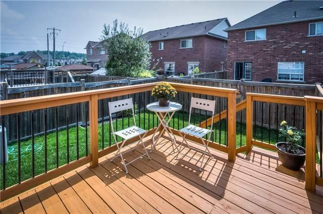 Townhouse at 156 Dovetail Dr, Richmond Hill, Ontario. Image 11