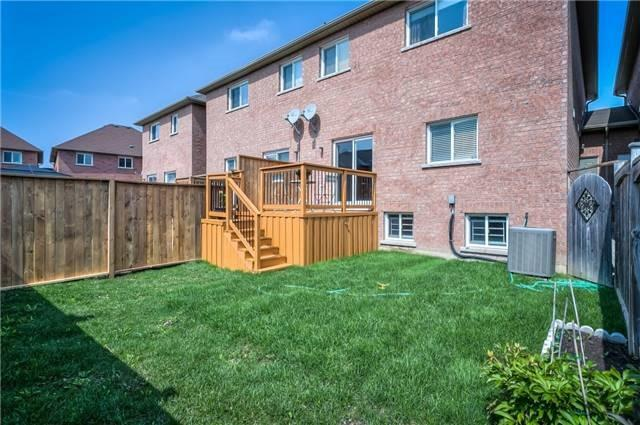 Townhouse at 156 Dovetail Dr, Richmond Hill, Ontario. Image 13