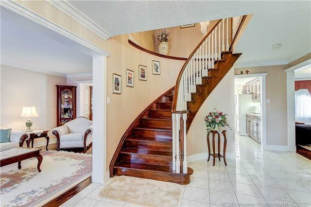 Detached at 48 Cooperage Cres, Richmond Hill, Ontario. Image 17