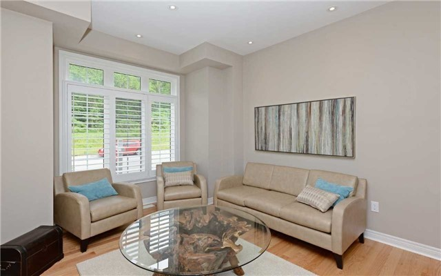Detached at 519 William Forster Rd, Markham, Ontario. Image 18