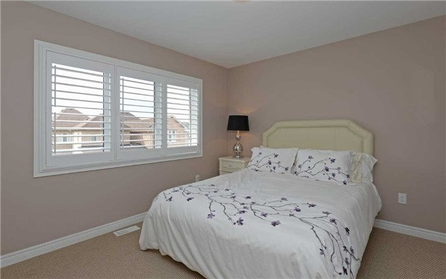 Detached at 519 William Forster Rd, Markham, Ontario. Image 6