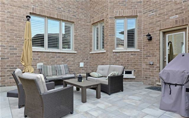 Detached at 519 William Forster Rd, Markham, Ontario. Image 11