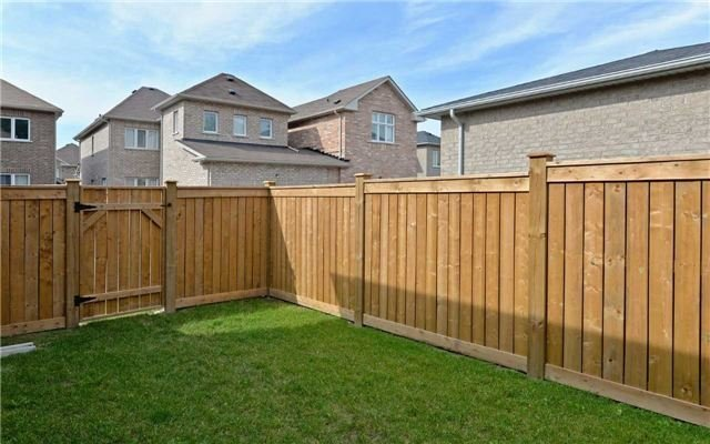 Detached at 519 William Forster Rd, Markham, Ontario. Image 13