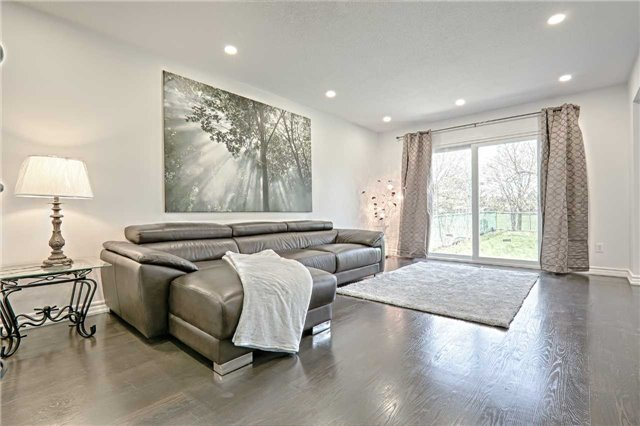 Link at 28 Fordcombe Cres, Markham, Ontario. Image 12