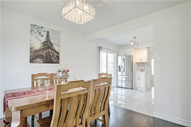 Link at 28 Fordcombe Cres, Markham, Ontario. Image 14